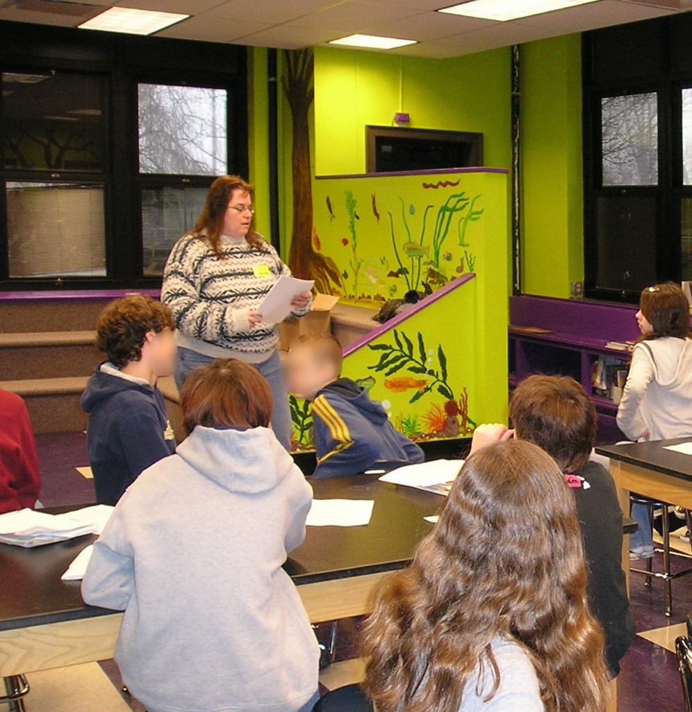 Author Mary Shafer Presenting To a Classroom
